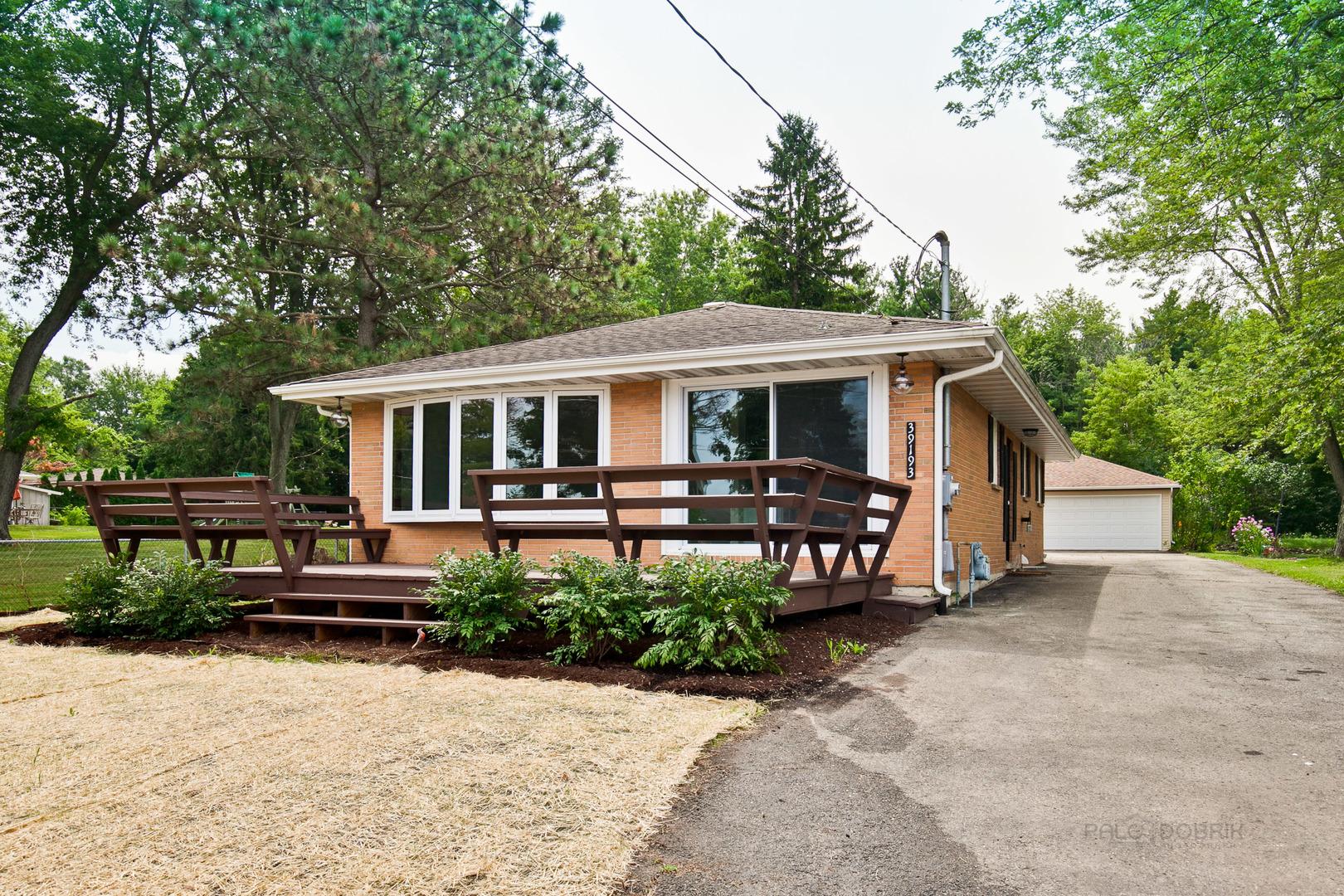 39193 Cedar Crest ,Lake Villa, Illinois 60046