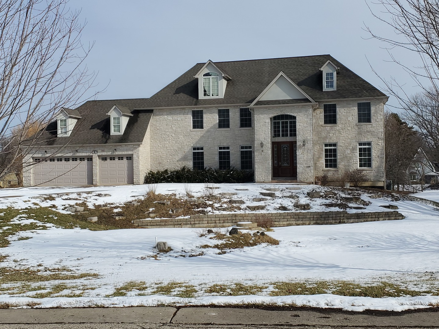 6 Orchard Lane, HAWTHORN WOODS, IL 60047