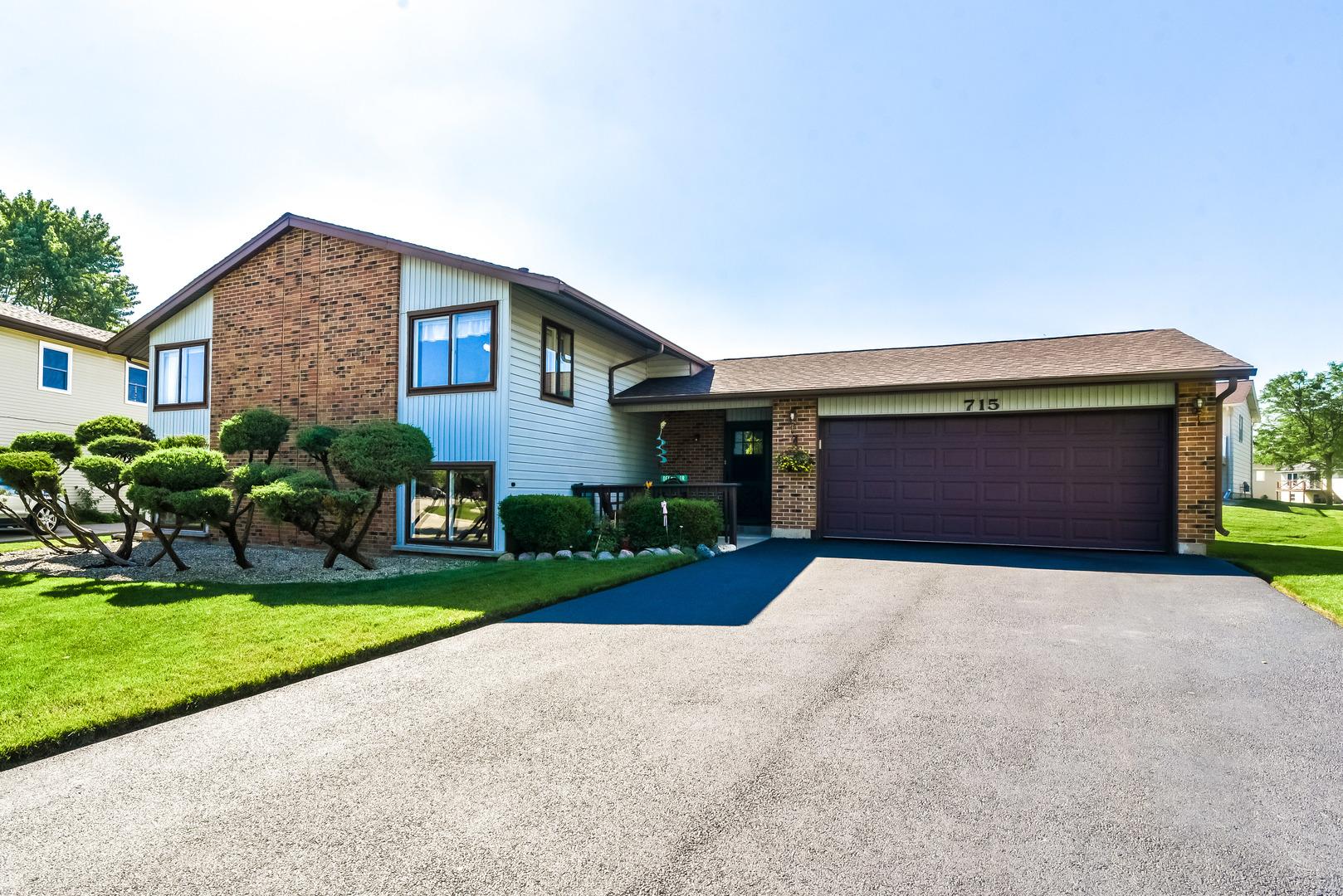 715 Oklahoma ,Elk Grove Village, Illinois 60007