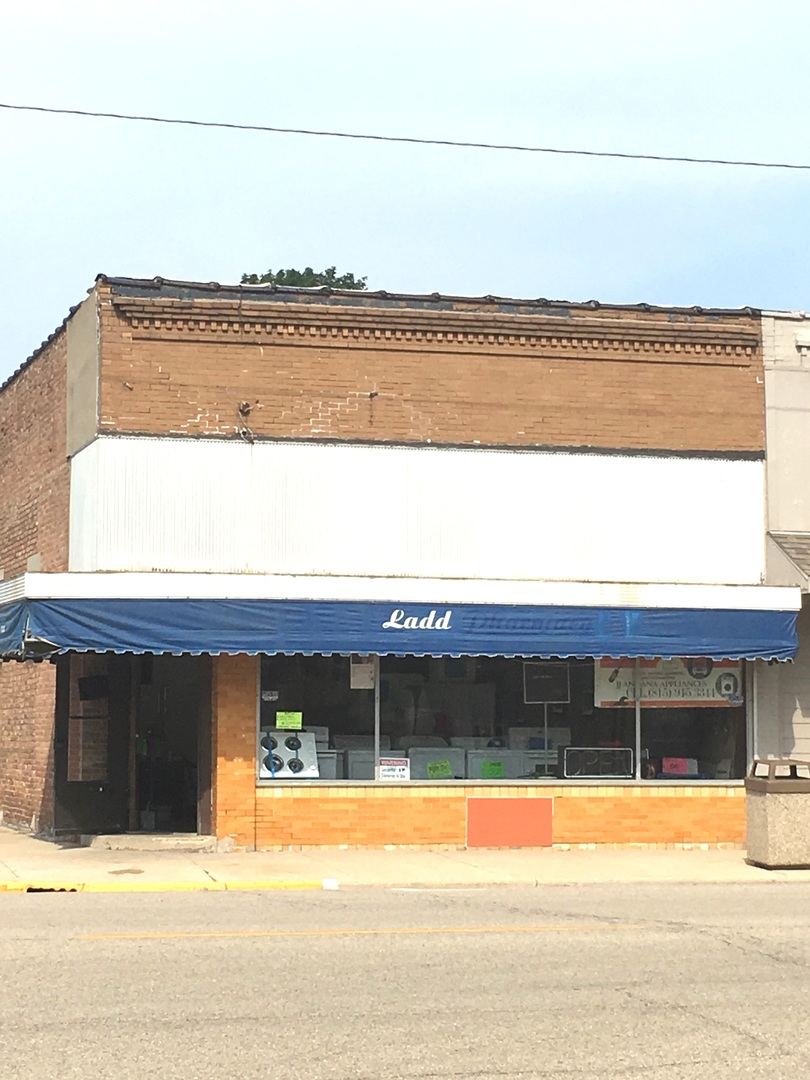 202 Main ,Ladd, Illinois 61329