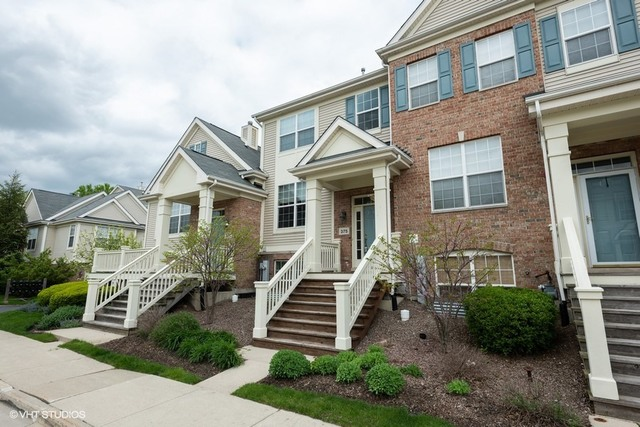 375 Broadmoor ,Bartlett, Illinois 60103
