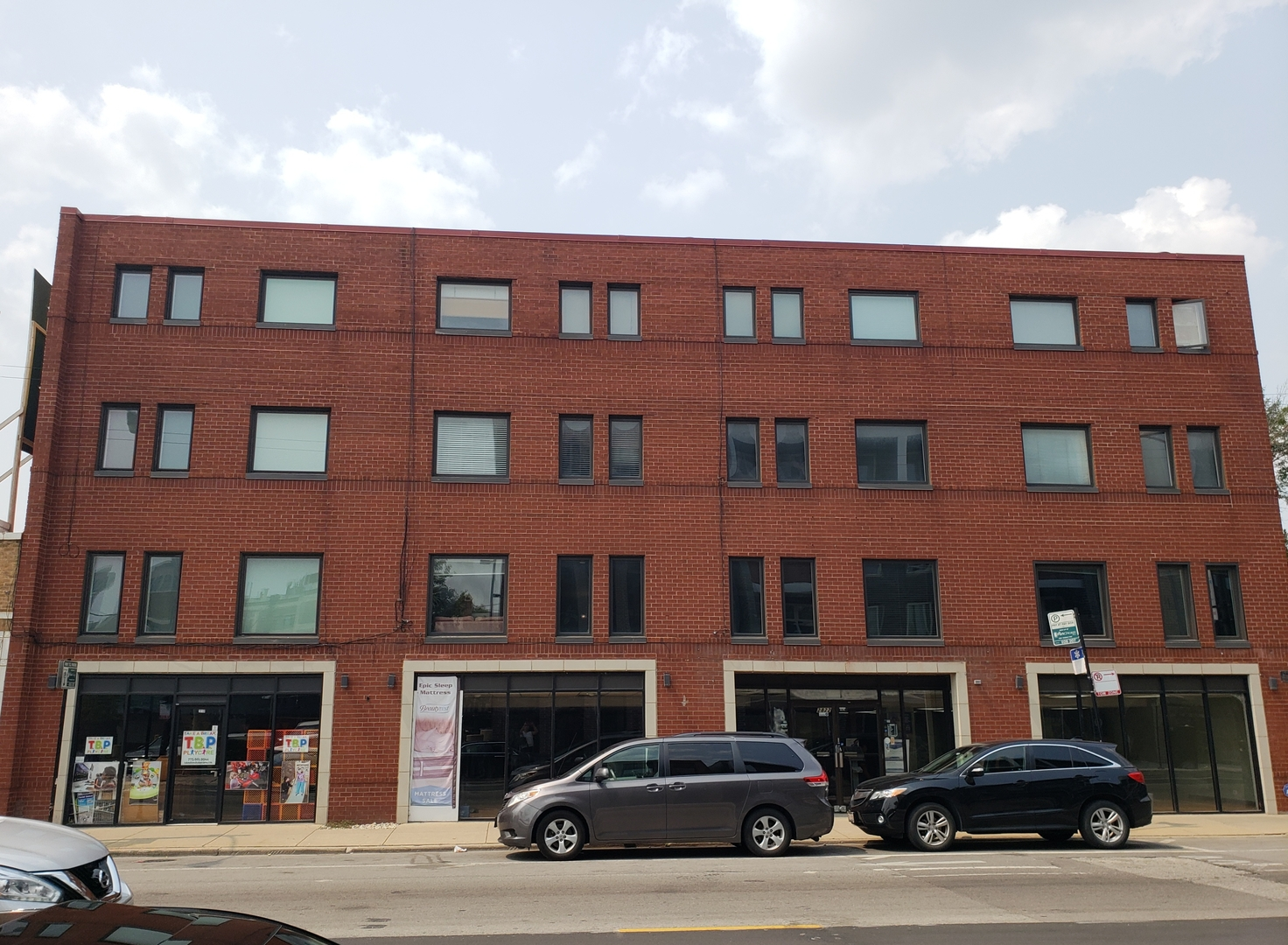 2822 Halsted ,Chicago, Illinois 60657