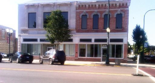 160 State ,Sycamore, Illinois 60178