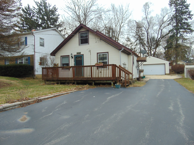126 Third ,New Lenox, Illinois 60451