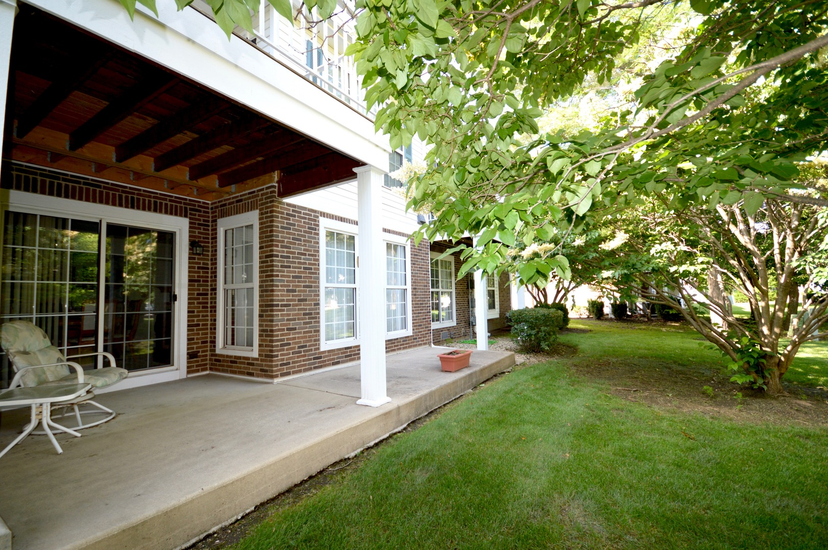 481 Grosse Pointe Circle