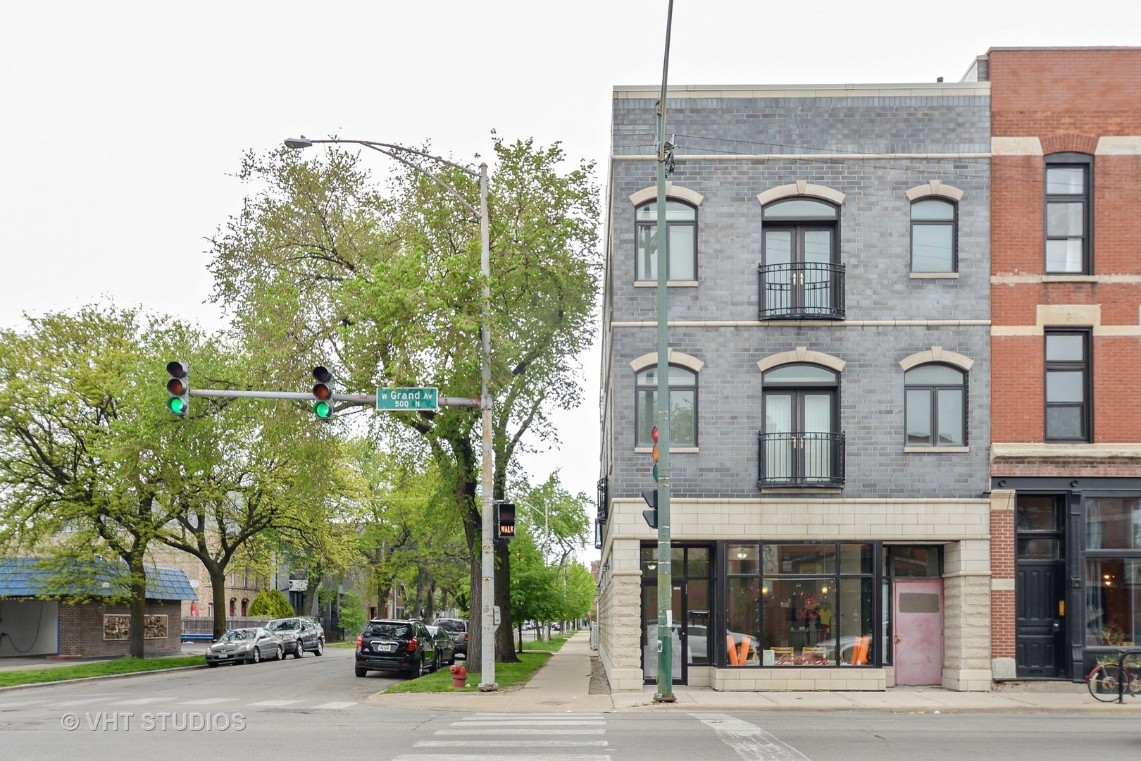 2258 West Grand Avenue, Chicago-West Town, IL 60612