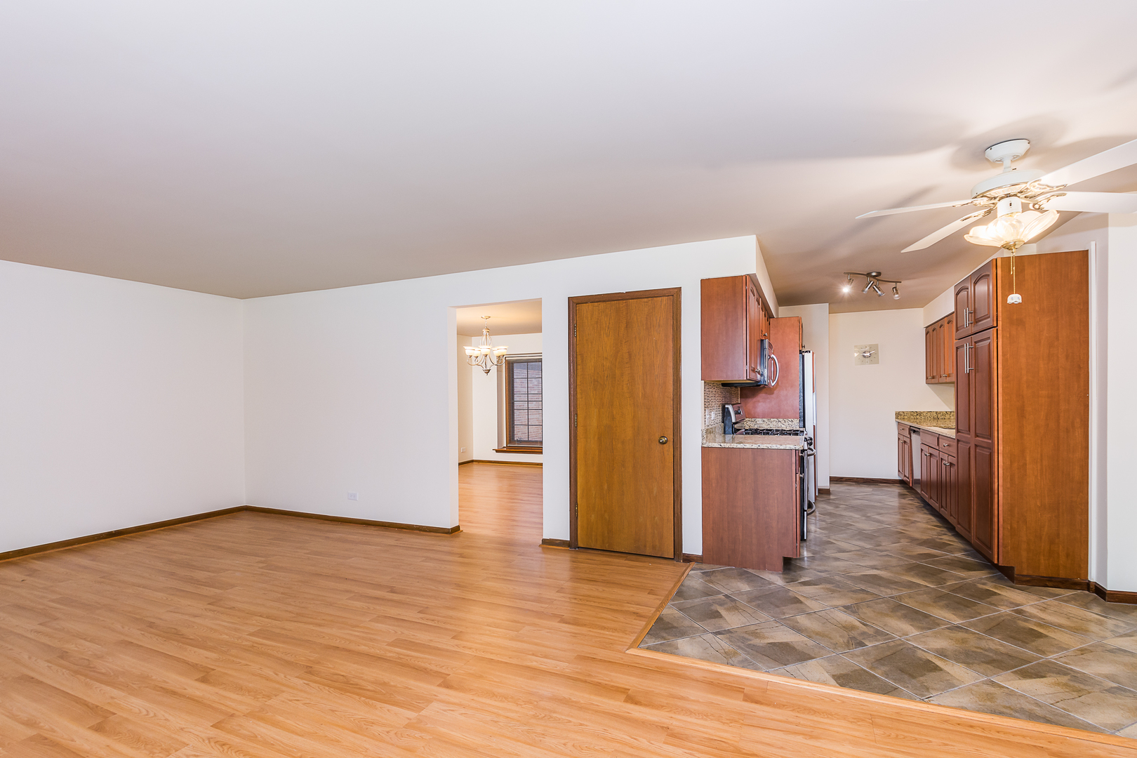 1576 Windsor Unit 1576 ,Arlington Heights, Illinois 60004