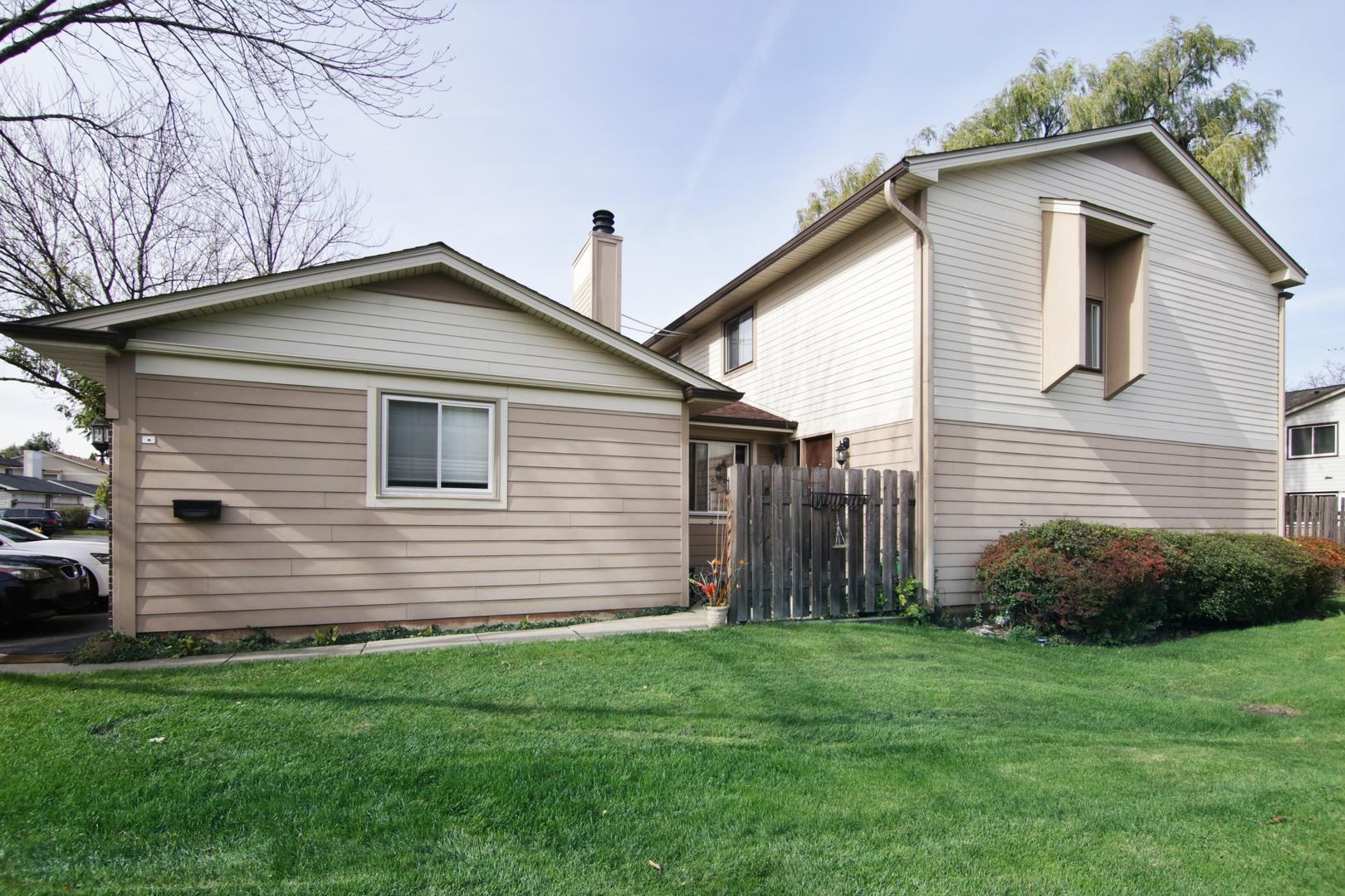 736 Grouse, Deerfield, Illinois 60015