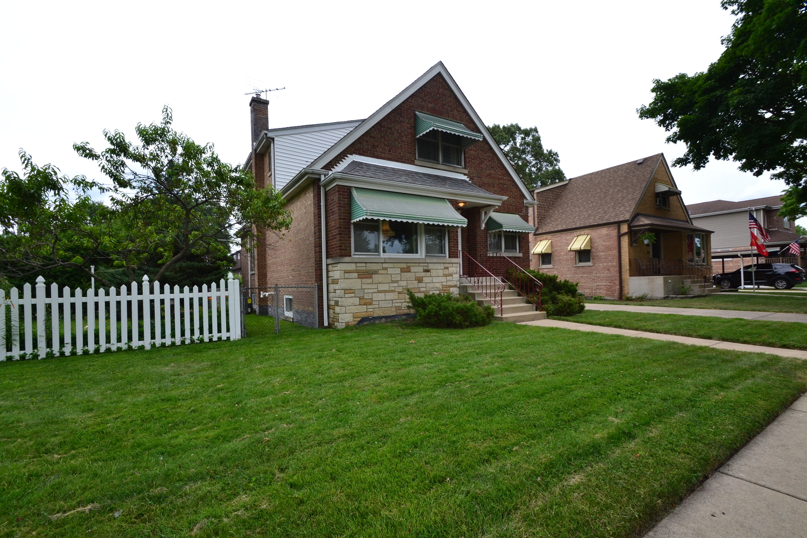 Photo of 10529 Ridgeway Chicago IL 60655