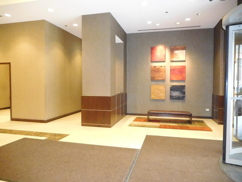 Jefferson Tower apartments for rent at AptAmigo