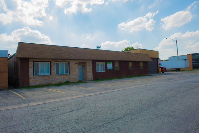 2602 Van Buren, Bellwood, Illinois 60104