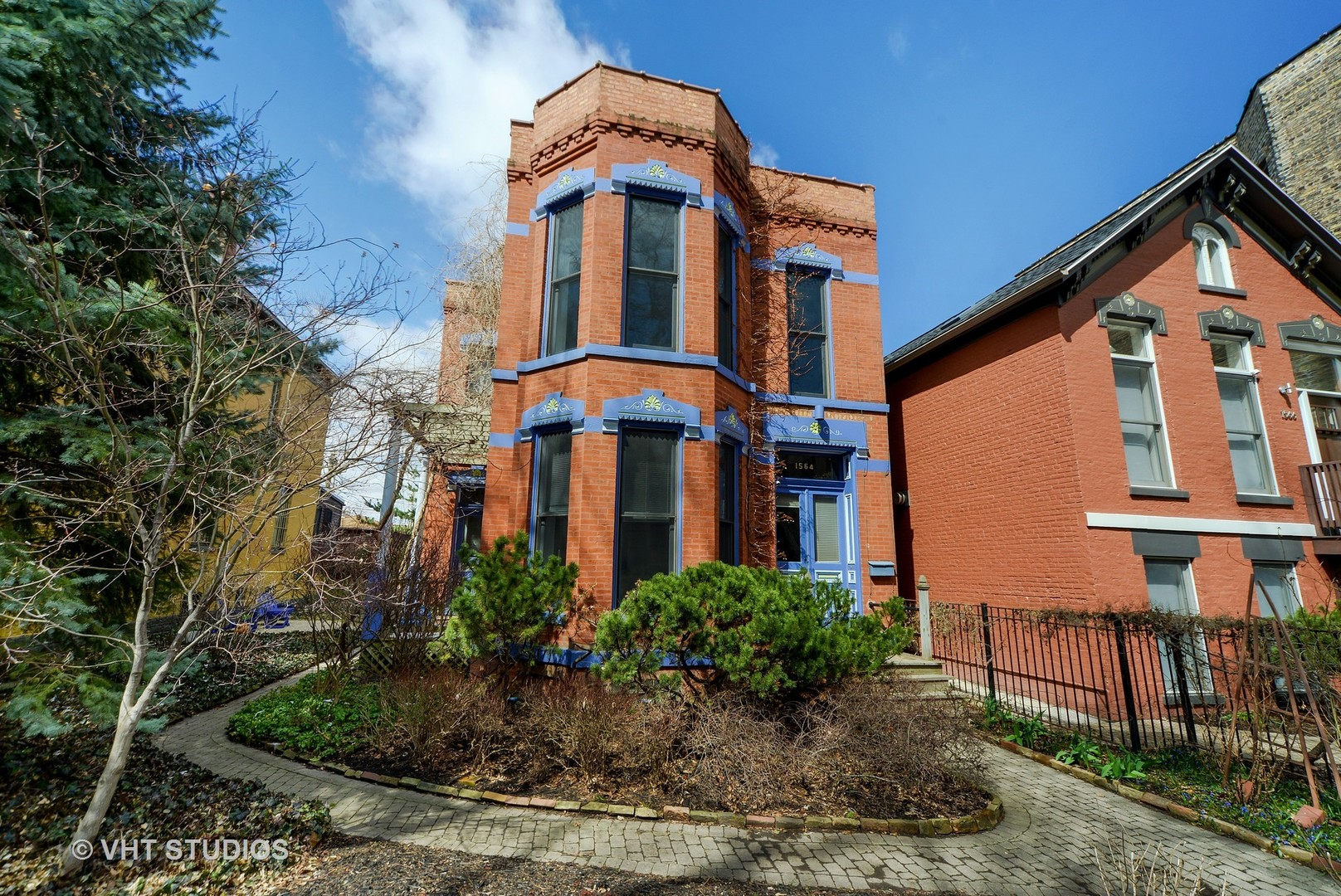 1564 North Hoyne Avenue, Chicago-West Town, IL 60622