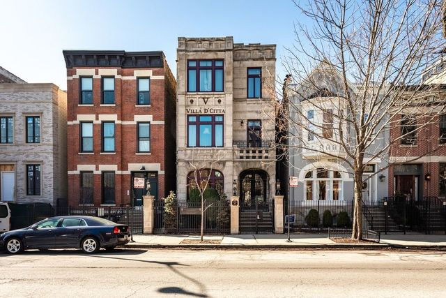 7 House in Lincoln Park