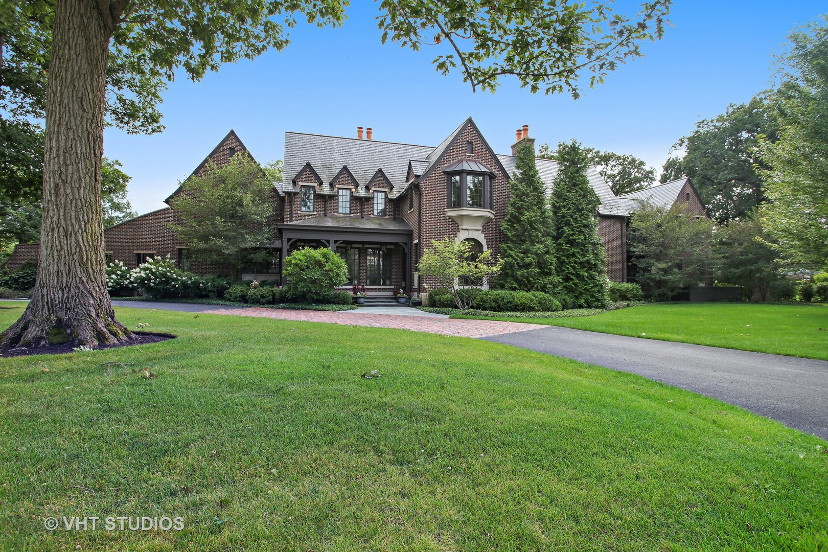 Photo of 1163 Heritage Oaks Drive NORTHBROOK IL 60062