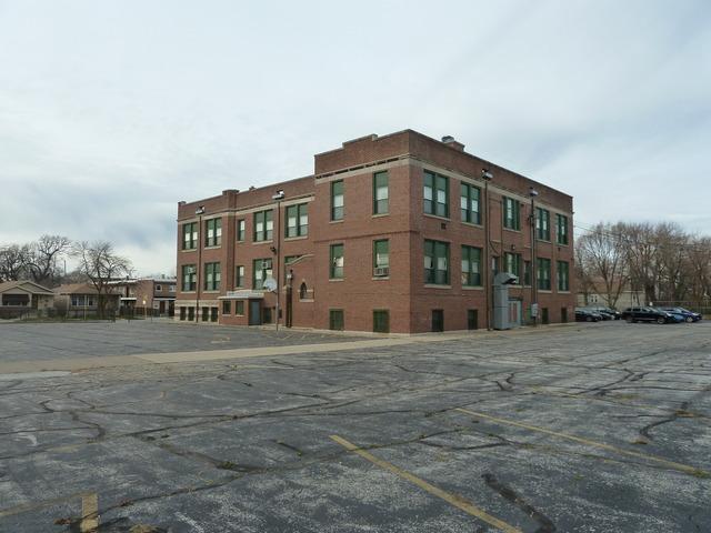 7765 Coles ,Chicago, Illinois 60649