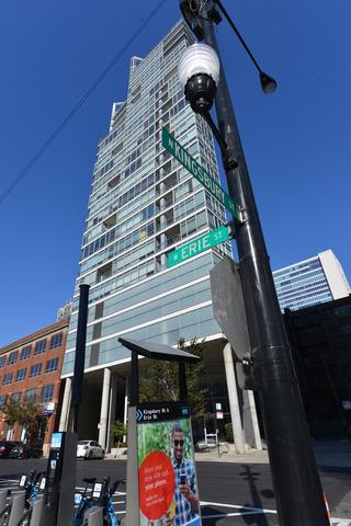 510 West Erie Street, Chicago, IL 60654