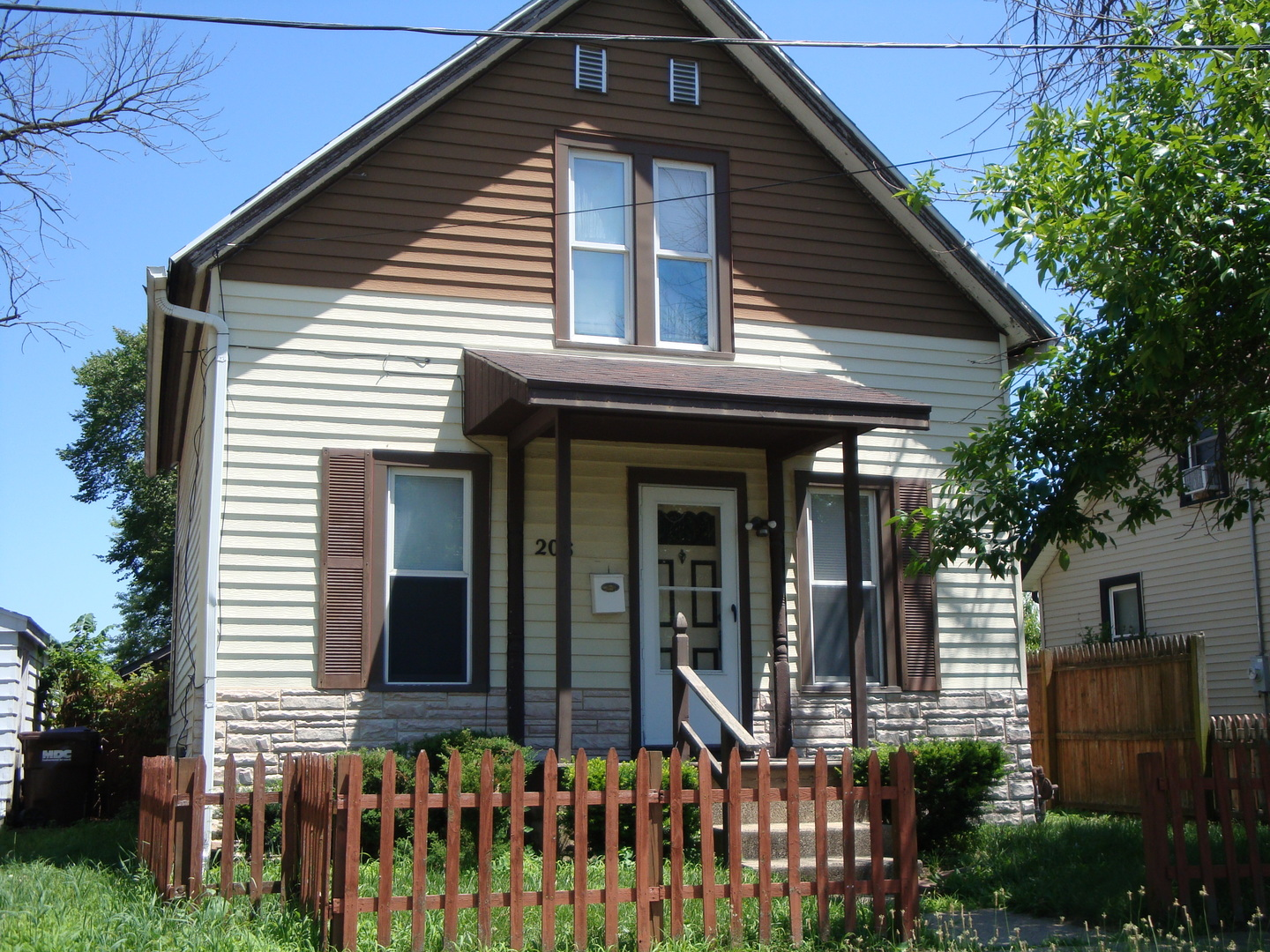 208 Warren ,Belvidere, Illinois 61008