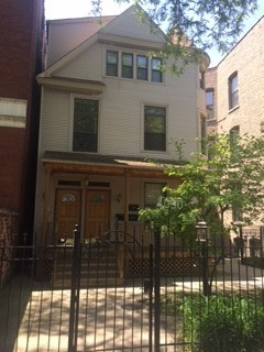 4050 Hermitage, Chicago, Illinois 60613