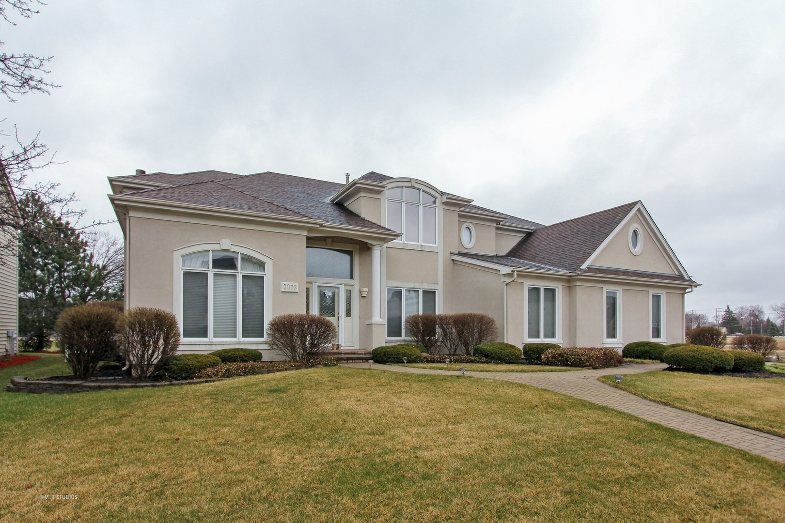 2003 Jordan Terrace, Buffalo Grove, IL 60089
