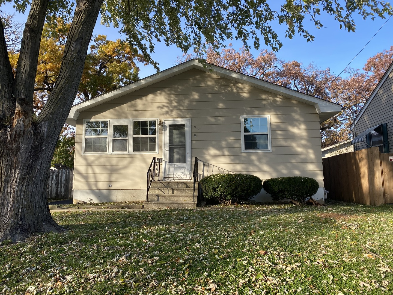 917 Westwood ,Joliet, Illinois 60436