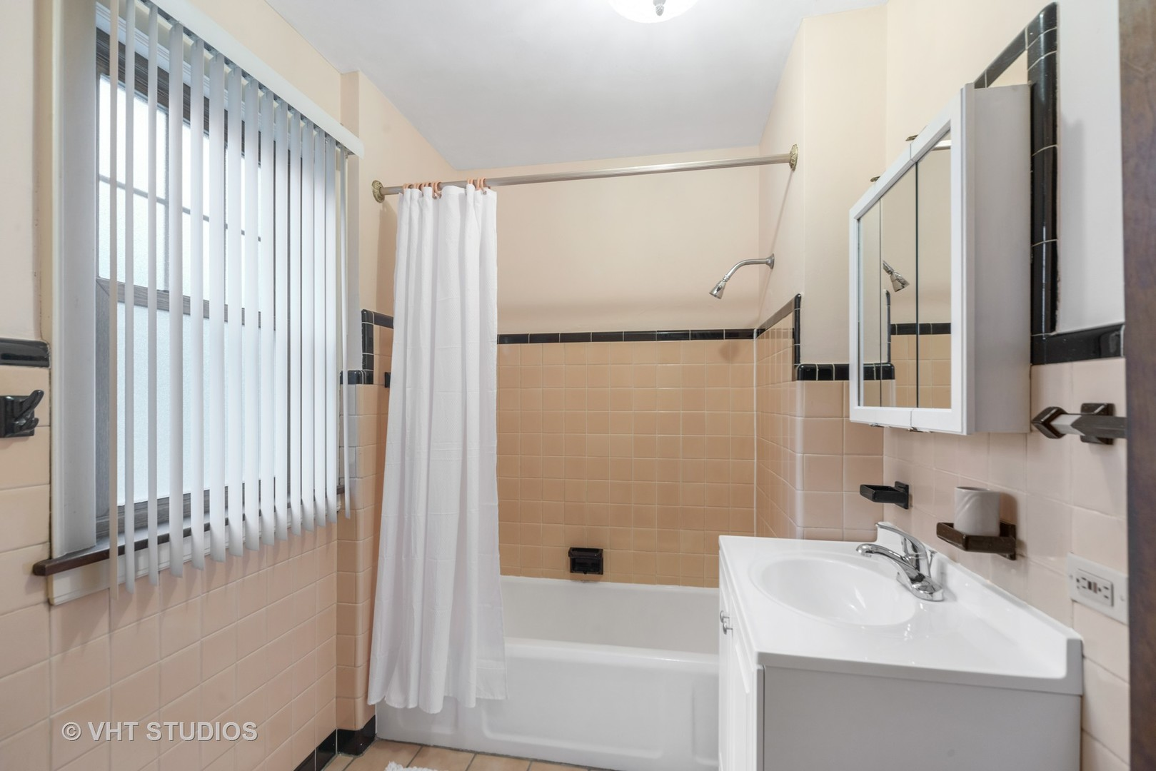 2335 Rutherford ,Chicago, Illinois 60707