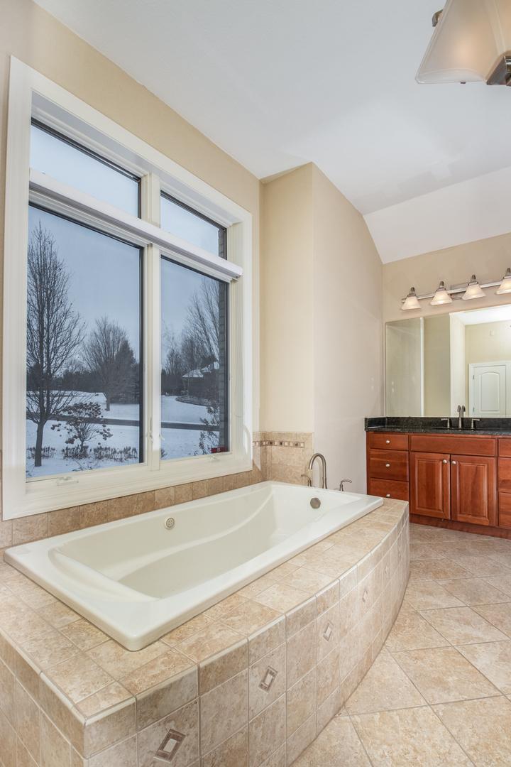 1049 Brandywine Estates ,Belvidere, Illinois 61008