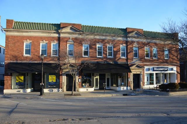 13 1st, Hinsdale, Illinois 60521