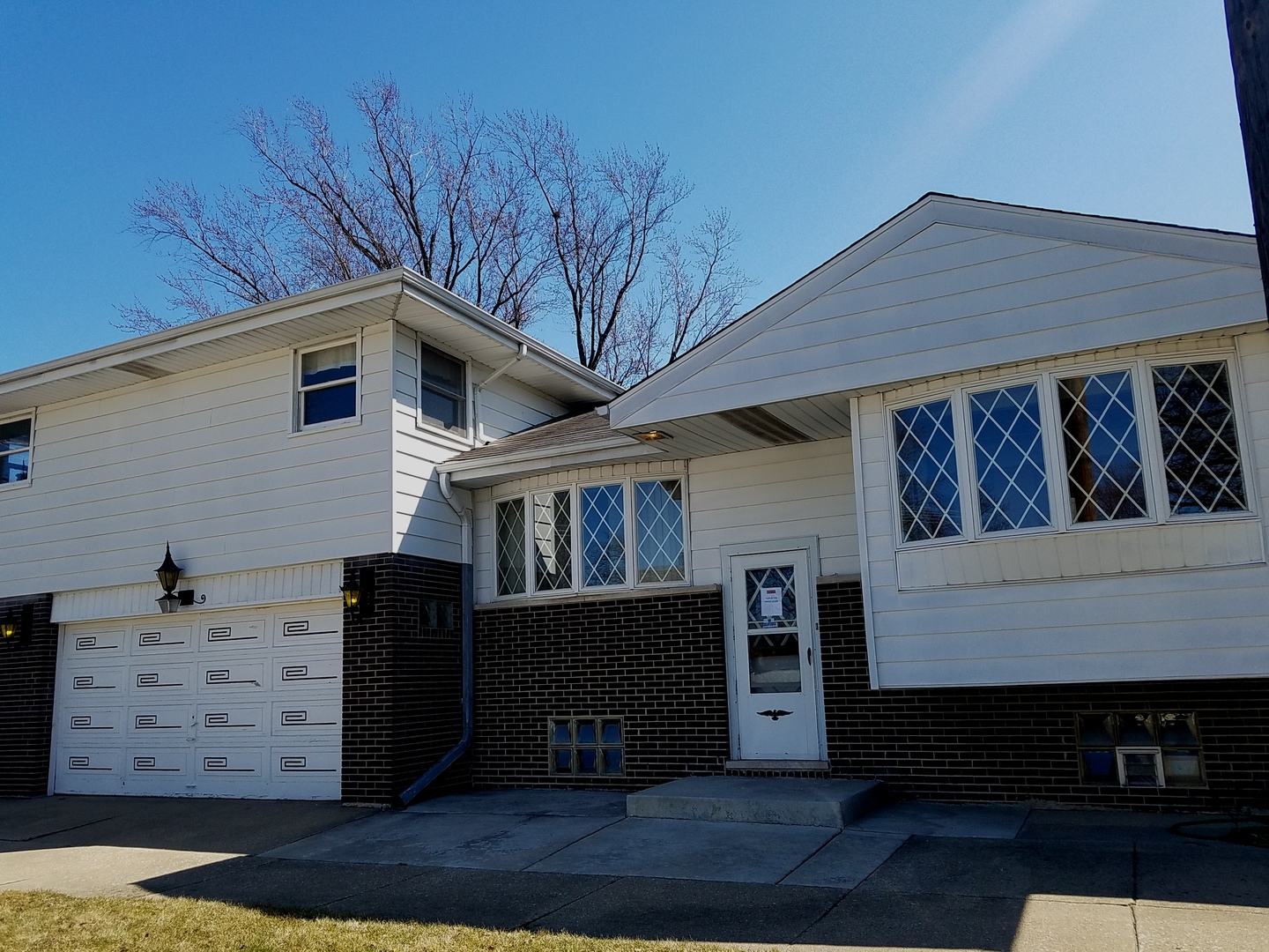 4501 WISCONSIN AVENUE, FOREST VIEW, IL 60402