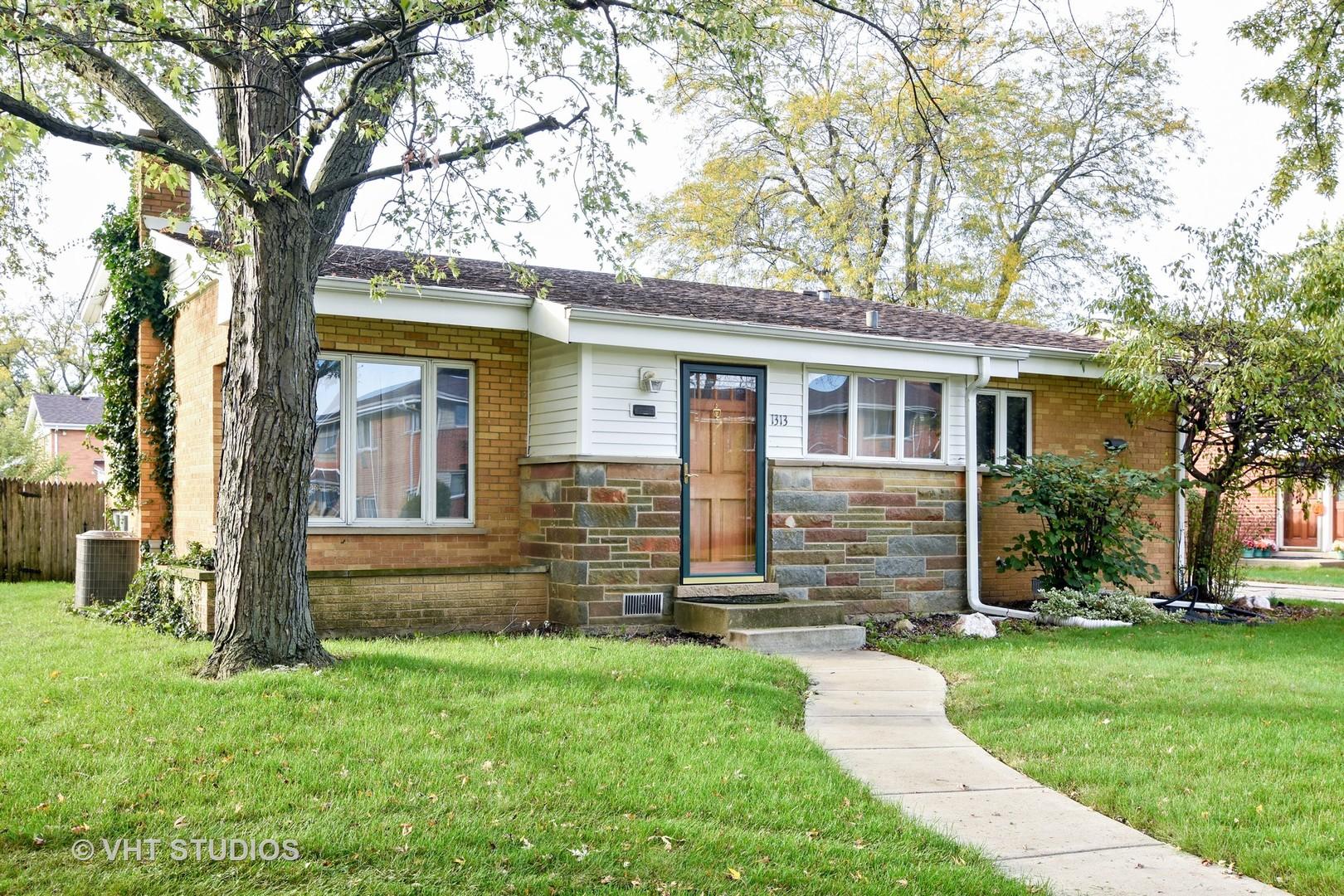 1313 Carol Street, Park Ridge, IL 60068