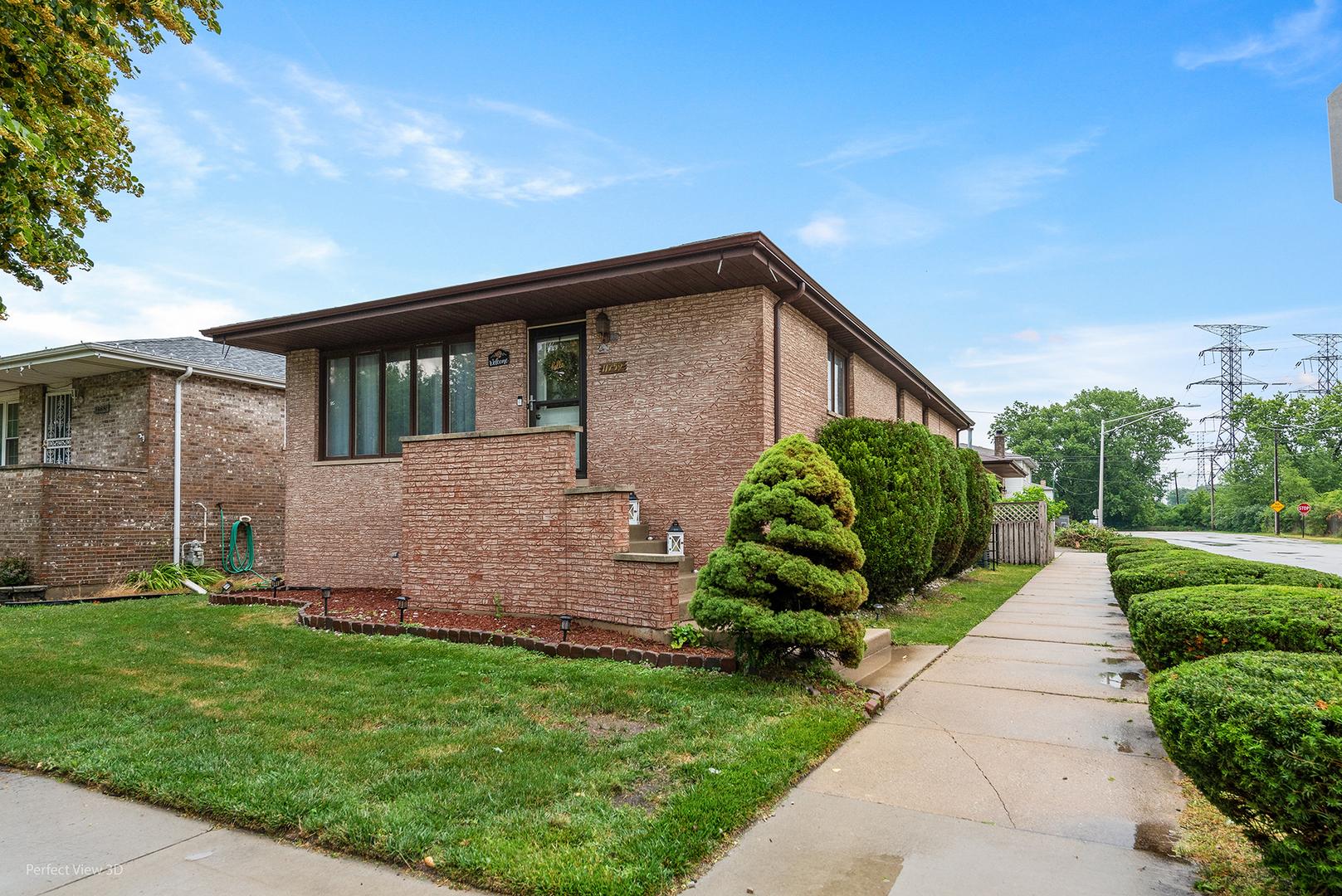 11759 Ewing ,Chicago, Illinois 60617