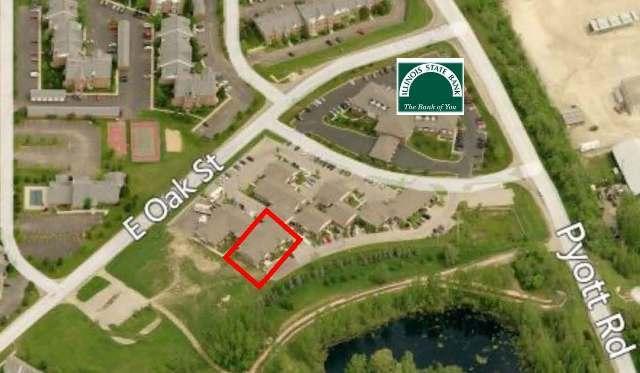 840 Oak Unit Unit 840-850 ,Lake In The Hills, Illinois 60156