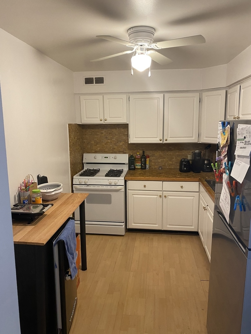 6325 Sheridan Unit Unit 903 ,Chicago, Illinois 60660