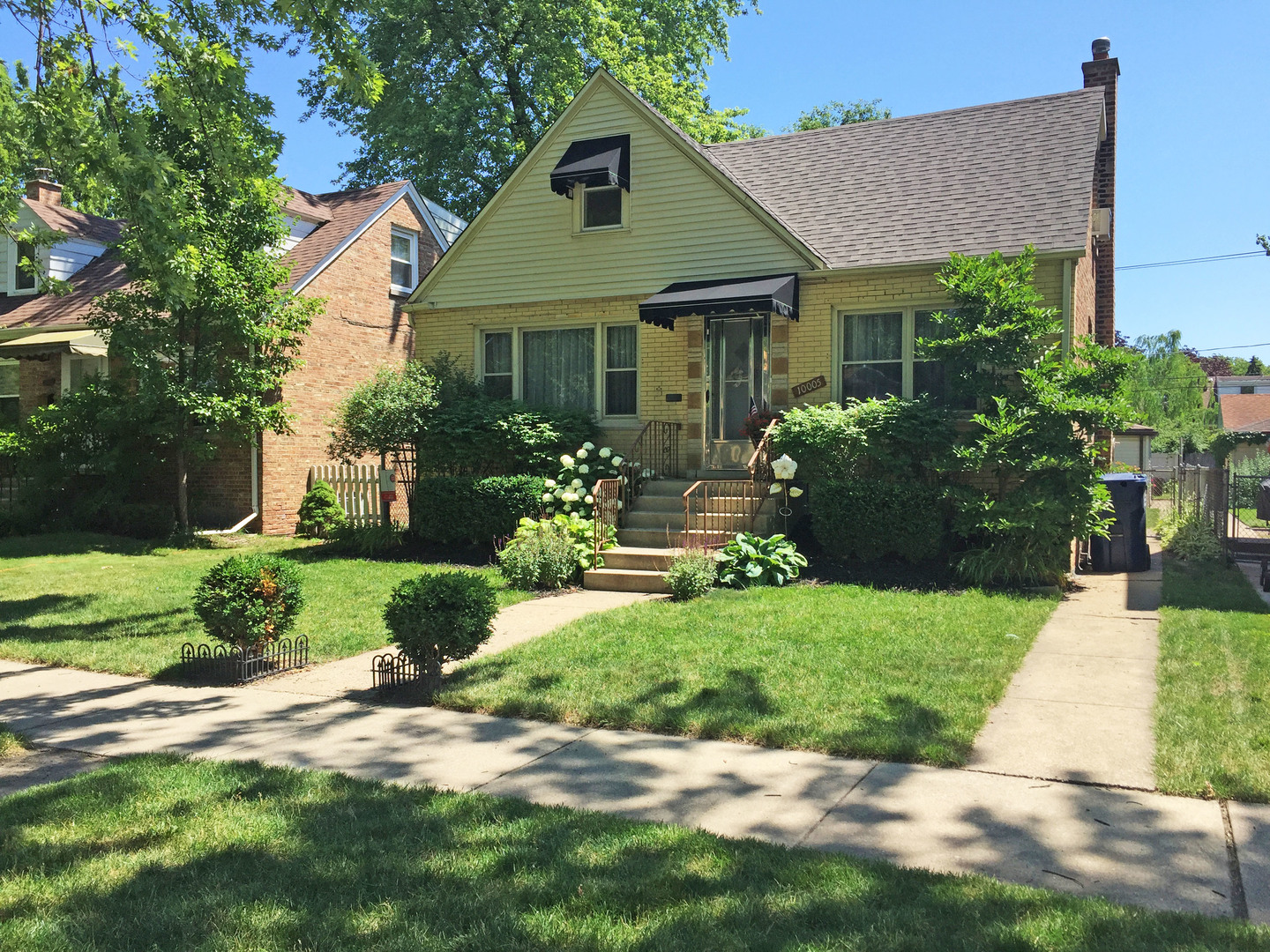 Photo of 10005 South Trumbull Avenue EVERGREEN PARK IL 60805