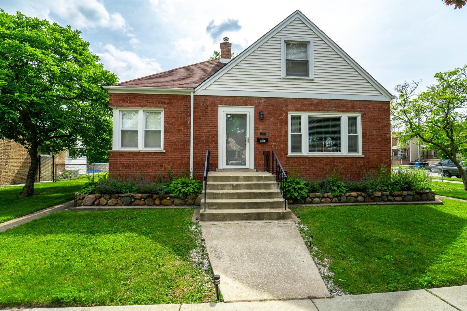10957 Avenue F ,Chicago, Illinois 60617