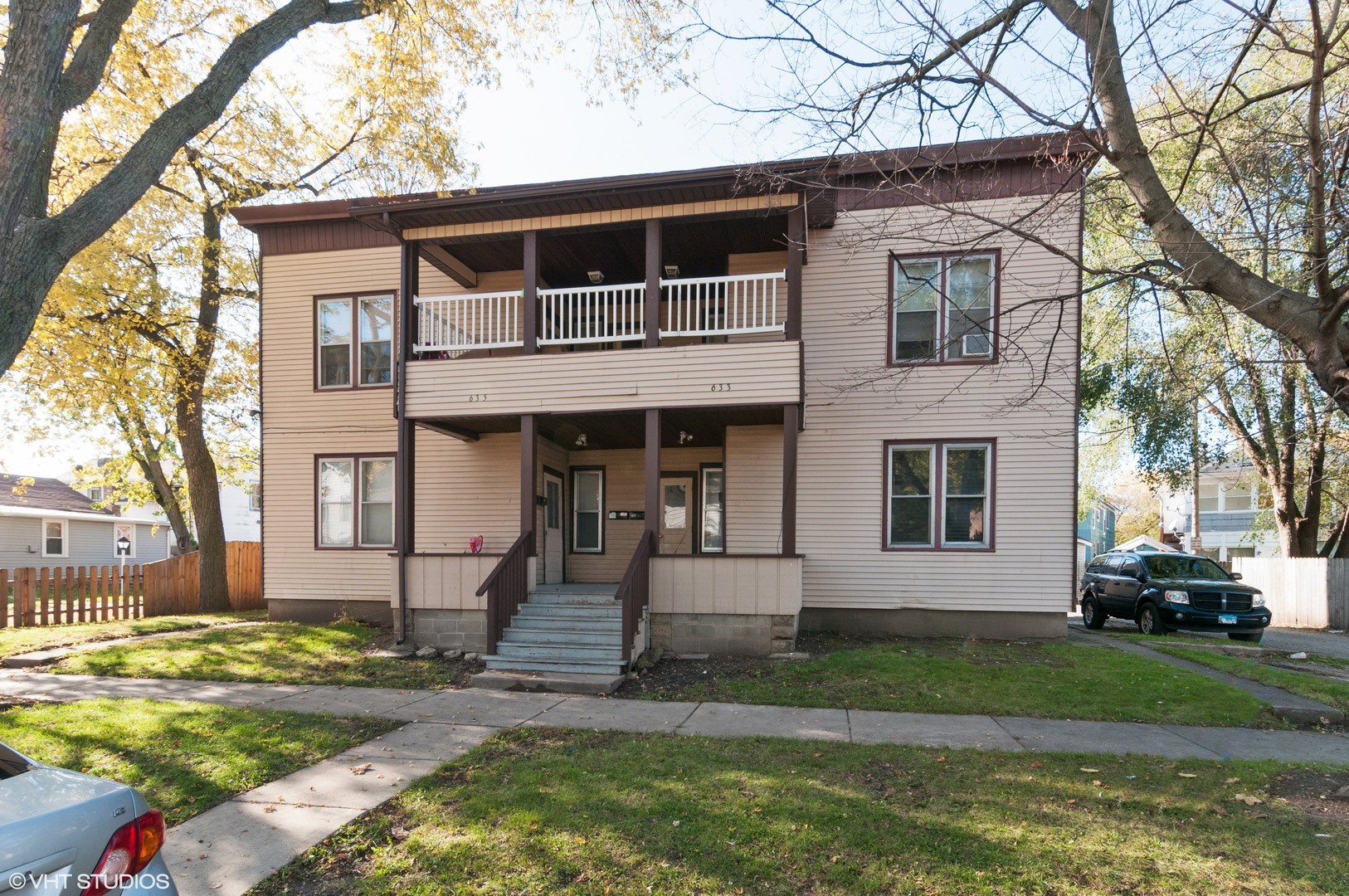 633-635 Concord, Aurora, Illinois 60505