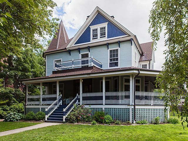 210 SOUTH EUCLID AVENUE, OAK PARK, IL 60302