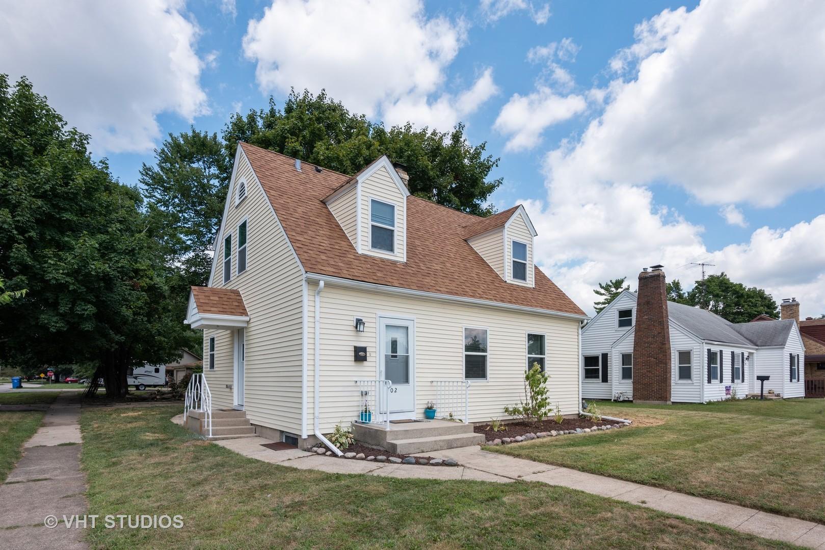 302 Maple ,Carpentersville, Illinois 60110