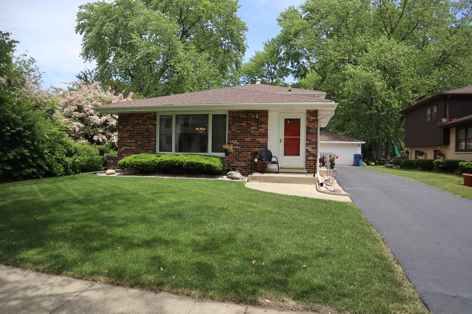 Photo of 14935 Kilbourne Midlothian IL 60445