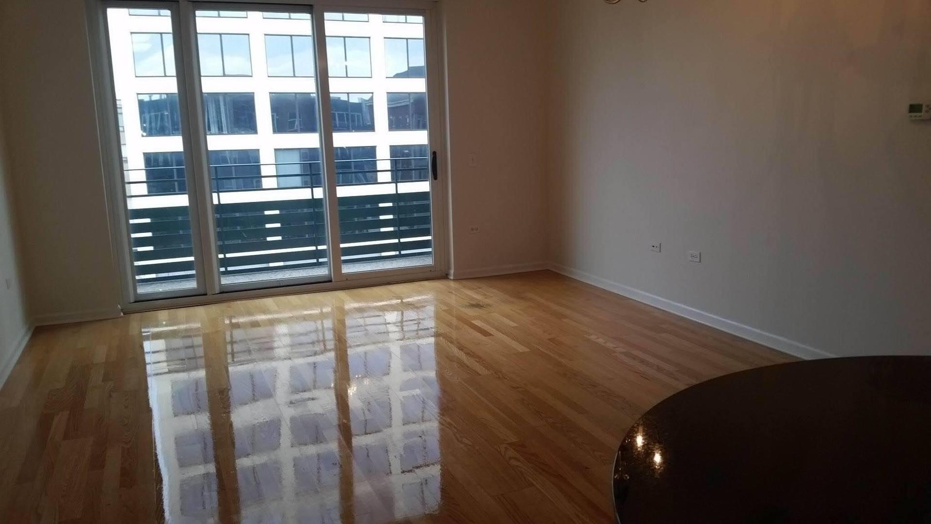 17 W 35th St apartments for rent at AptAmigo