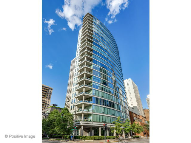 30 W OAK Street 11B, CHICAGO, Illinois 60610