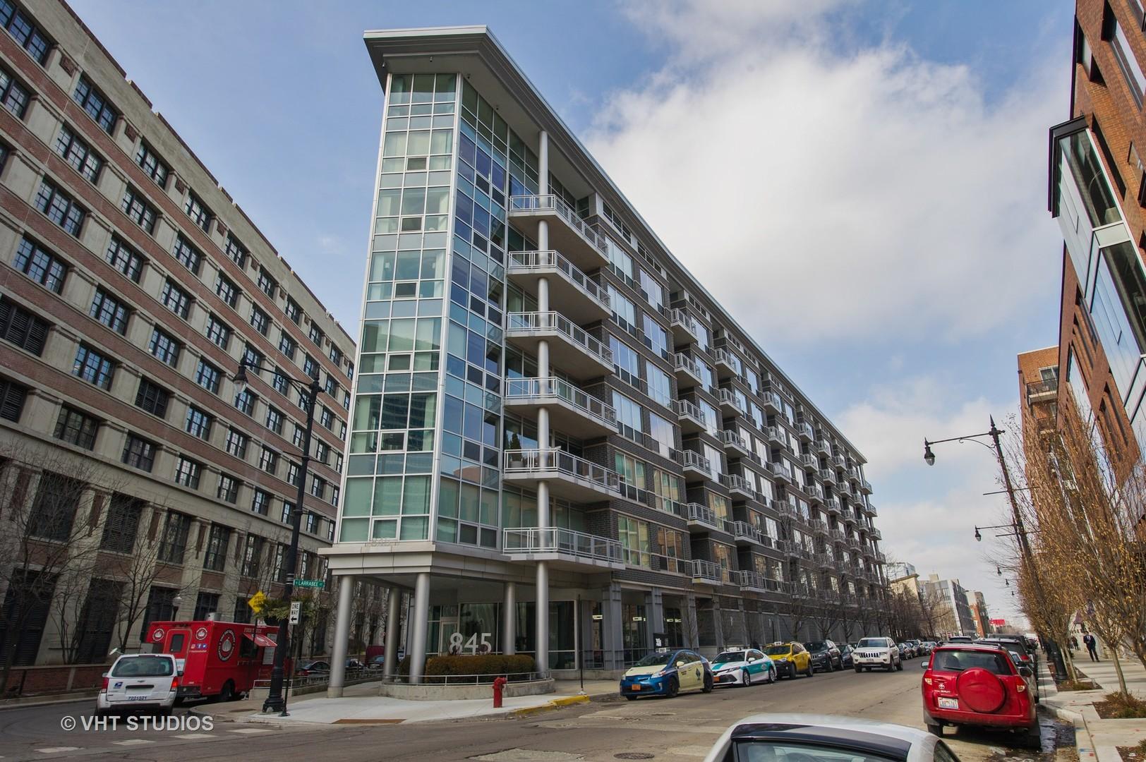 845 Kingsbury Unit Unit 317 ,Chicago, Illinois 60610