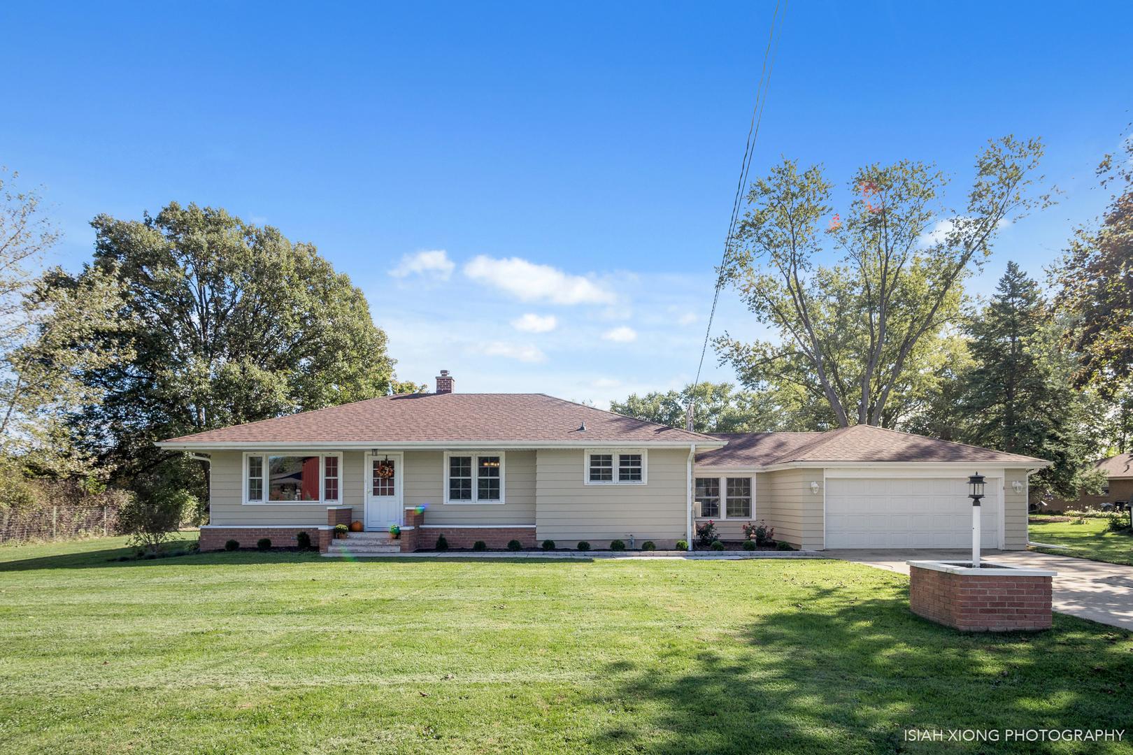 1521 Woodland ,Aurora, Illinois 60505