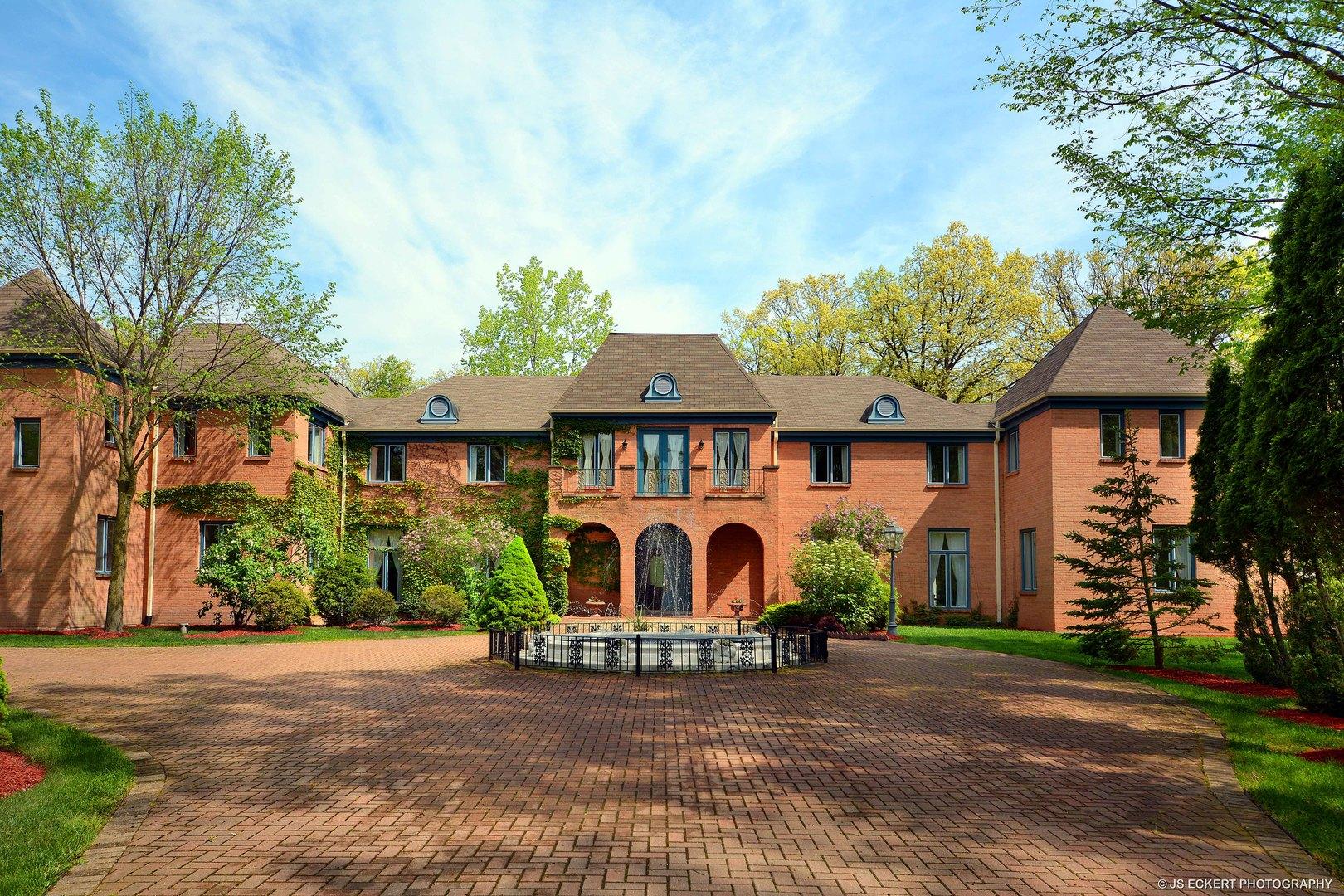 Maison unifamiliale pour l Vente à 2 Jasmine Lane 2 Jasmine Lane Riverwoods, Illinois,60015 États-Unis
