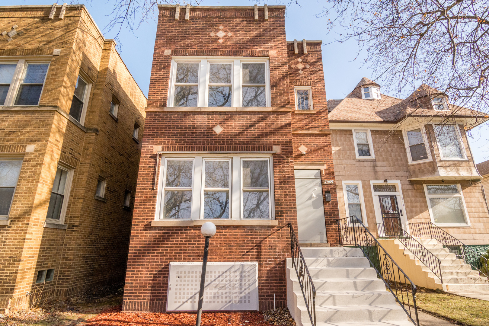 7009 S Indiana AVE, Chicago, IL, 60637, apartments (multi-unit) for sale