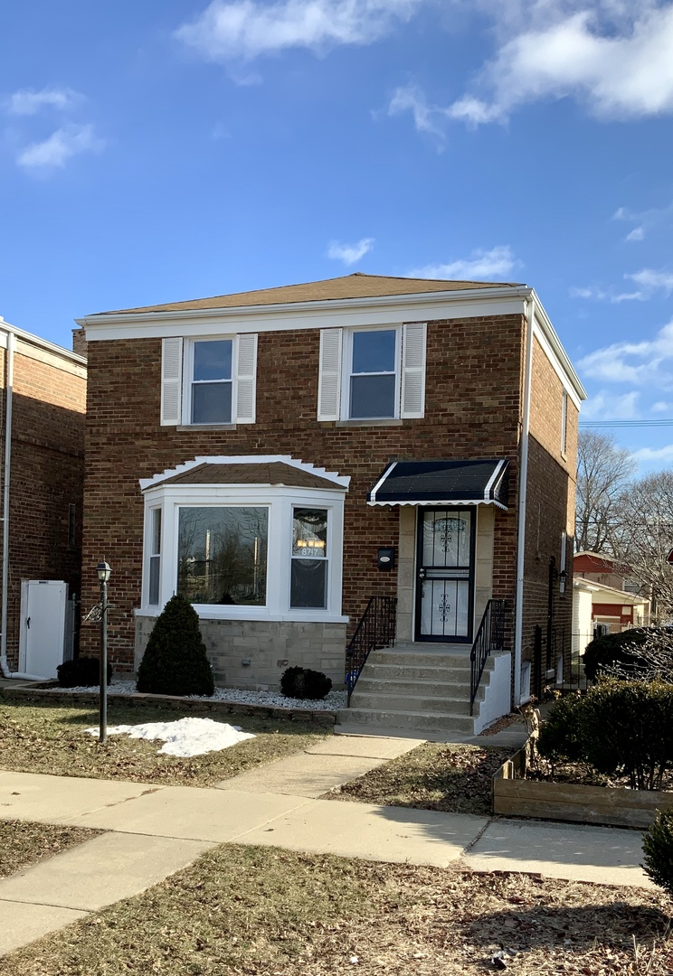 8717 SOUTH CLYDE AVENUE, CHICAGO, IL 60617