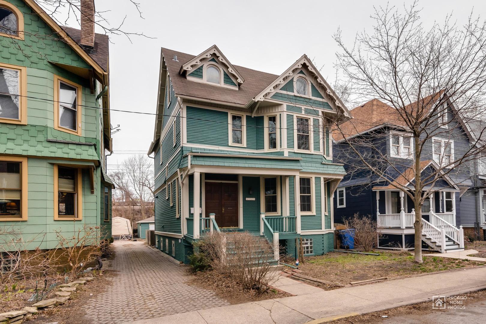 5729 South Harper Avenue, Chicago-Hyde Park, IL 60637